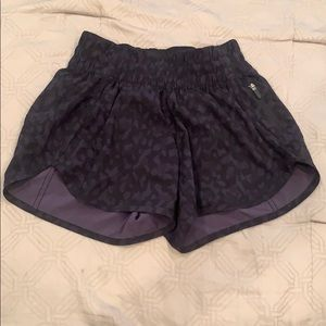 Lululemon black camo tracker shorts